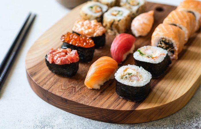 ролы и суши