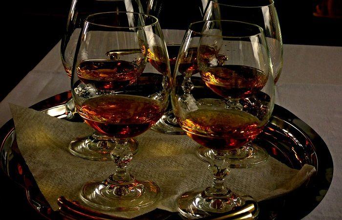 бокалы напитка