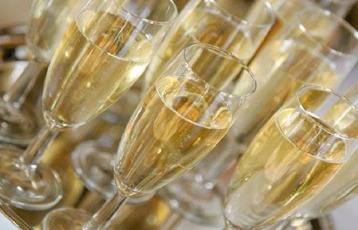 шампанское и брют