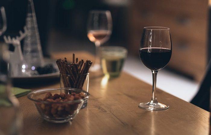 вино с палочкой