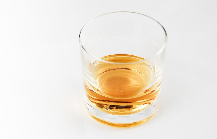 рюмка виски