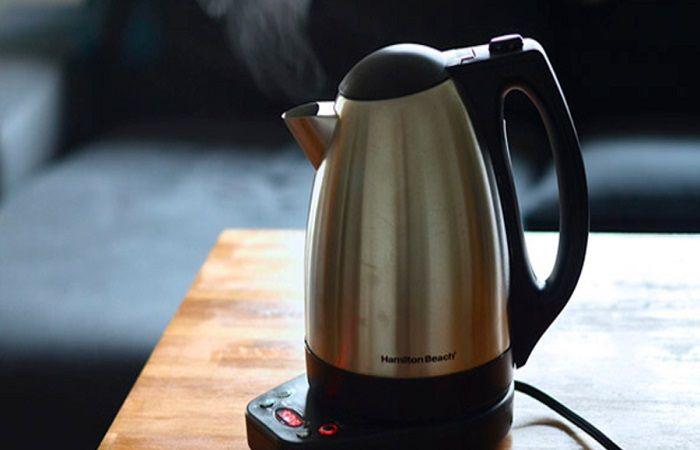 кипятить чайник